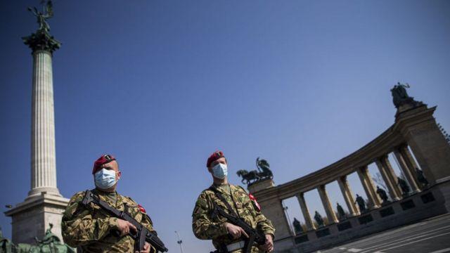 Не только в Украине: страны Европы тоже резко закручивает «карантинные гайки»