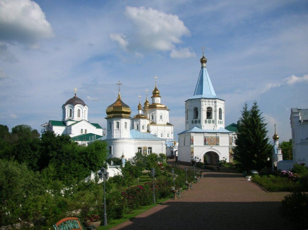 Путивльский Молченский монастырь