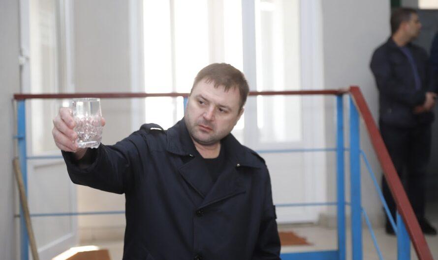 Парадоксы мэрии: вы заметили, что в квартире из крана у вас теперь течет чистая вода?