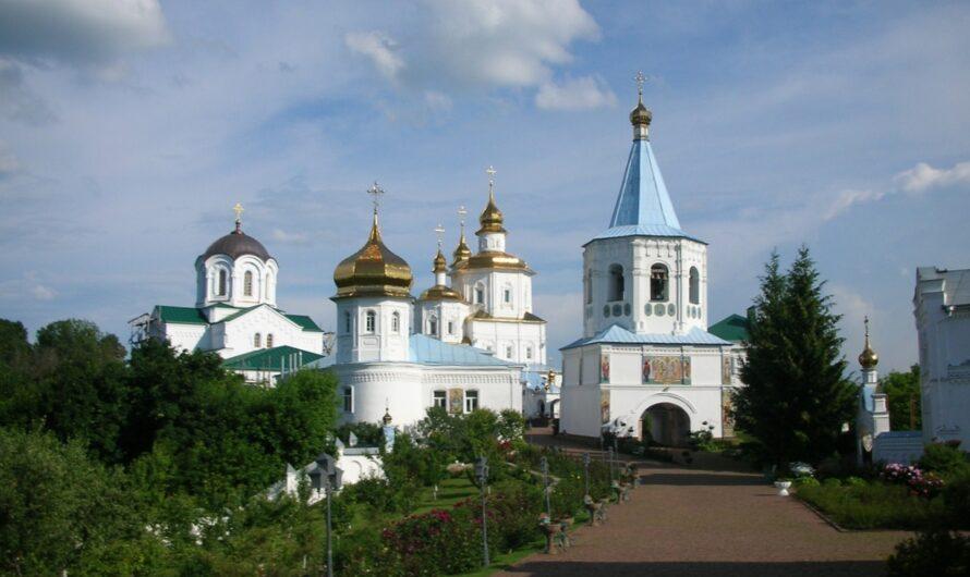 По монастырям Северской земли