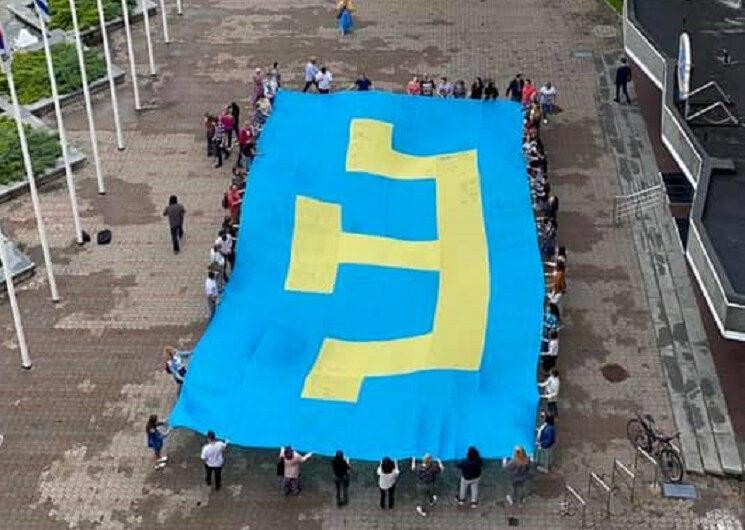На Днепропетровщине проживают более 100 крымских татар, вынужденных покинуть родной полуостров
